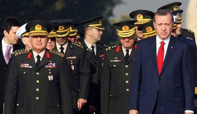 قائد عسكري يطالب بضرب الإمارات لشلها الاقتصاد التركي
